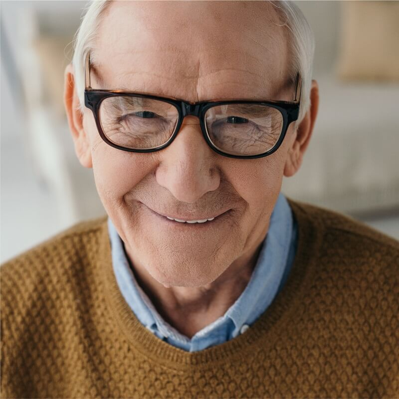 eyewear-for-elderly