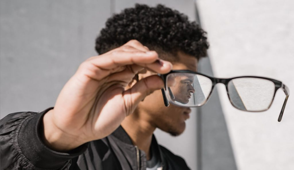 choosing-modern-eyewear